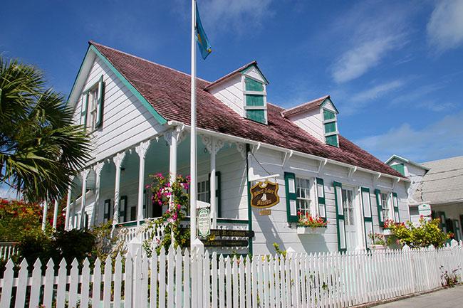 Albert Lowe Museum